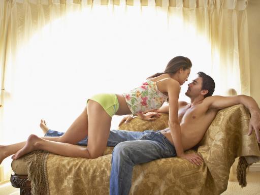 Sexo anal puro e duro sem dor ou complicações