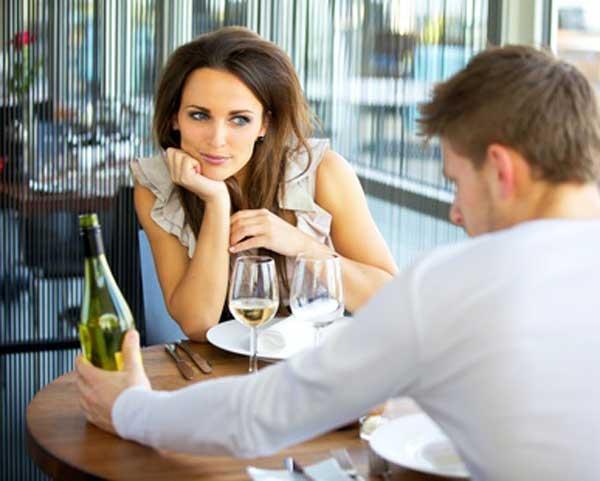casal a jantar