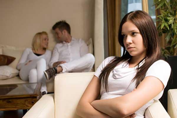 mulheres a provocar ciúmes