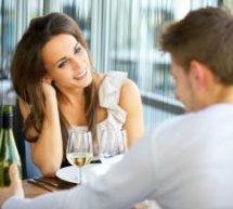 Erros mais comuns das mulheres ao tentar conquistar um homem